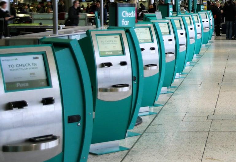 Self_check-in_at_Dublin_Airport.jpg